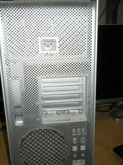 Apple A1186 Mac Pro 11 Quad Core 266GHz 4GB RAM 500GB250GB HDD Lion 264795344263 6