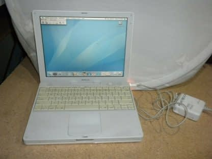 Apple iBook A1054 121 Laptop M9426LLA April 2004 10411 274288796242