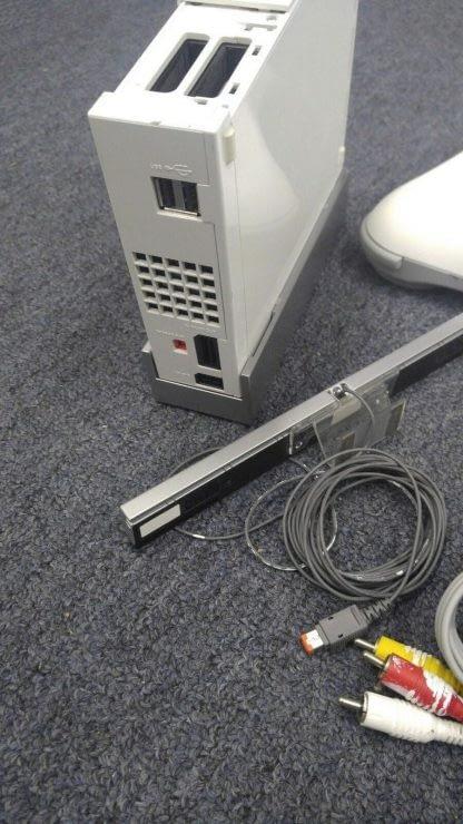 Nintendo Wii Lot 4 Controller 2 Nunchucks Balance Pad 2 Wheels Sensor Bar Works 273640354706 7