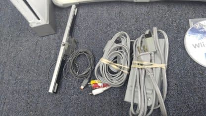 Nintendo Wii Lot 4 Controller 2 Nunchucks Balance Pad 2 Wheels Sensor Bar Works 273640354706 5