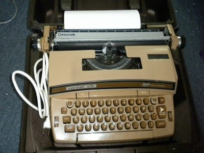 Smith Corona Coronet Super 12 Portable Electric Typewriter w Original Case 264263506353 2