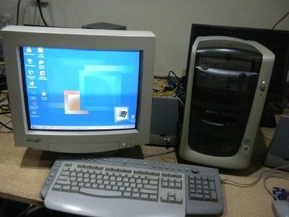 Vintage HP Pavilion8705 w Monitor Keyboard Mouse Speakers WIndows Millenium ME 264610279223