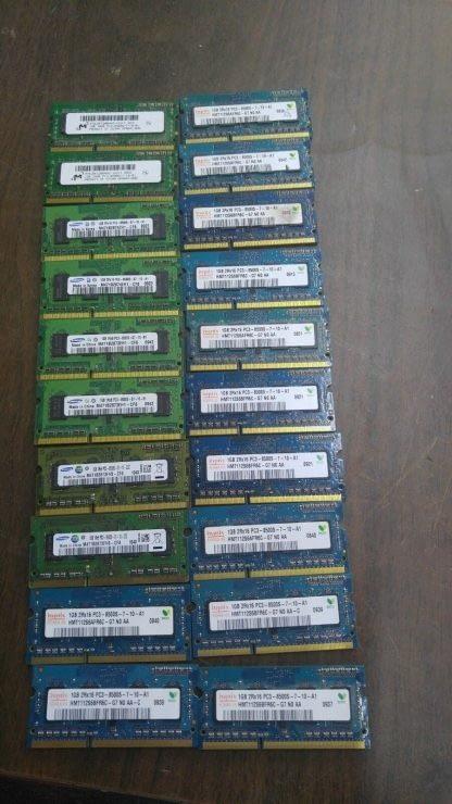 Lot of 20 1GB DDR3 PC8500 sodimm Samsung Hynix Micron 264304665657