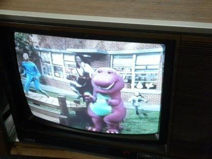 Vintage Mitsubishi TV CS 1945R Television Woodgrain 1987 Excellent CRT TV 264285108799