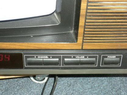 Vintage Mitsubishi TV CS 1945R Television Woodgrain 1987 Excellent CRT TV 264285108799 7