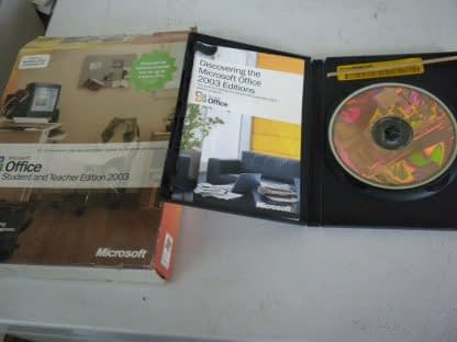 Microsoft Office 2003 Student and Teacher Edition Retail 3 Users Used 274115815465