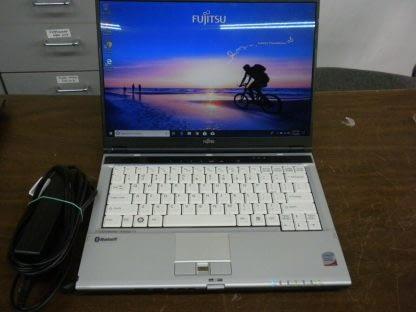 Fujitsu lifebook s6510 C2D 22Ghz 25GB RAM 120GB HD DVDRW Win 10 Pro Works 274403504971