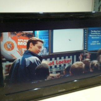 Toshiba 32AV502U 32 720p HD LCD Television PC Monitor Combo 264584456276