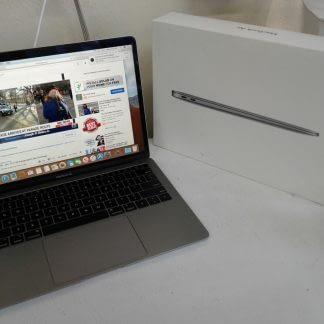 Apple Macbook air works great 274654483719