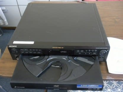 SONY DVP C600D 5 Disc DVDCDVCD PlayerChanger Works Great 264580448051 4