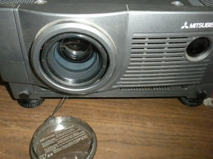 Mitsubishi LVP X400U LCD Projector Works Great 264594046351 2