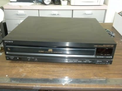 Sony CDP C500 5 Disc CD player changer Working 264580448053