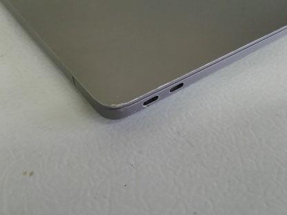 Apple Macbook air works great 274654483719 8